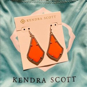 Kendra Scott Retired Brand New Earrings